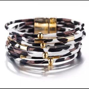 Jewelry - NWT Leather White Leopard & Gold Bead Bracelet